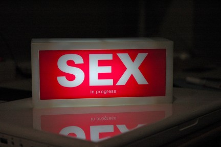 Sex cartel luminoso