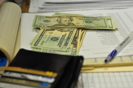 Impuestos ICANN fees