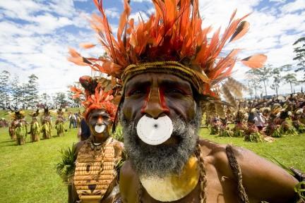 Indigi el dominio de las tribus ind genas - Porta piercing ...